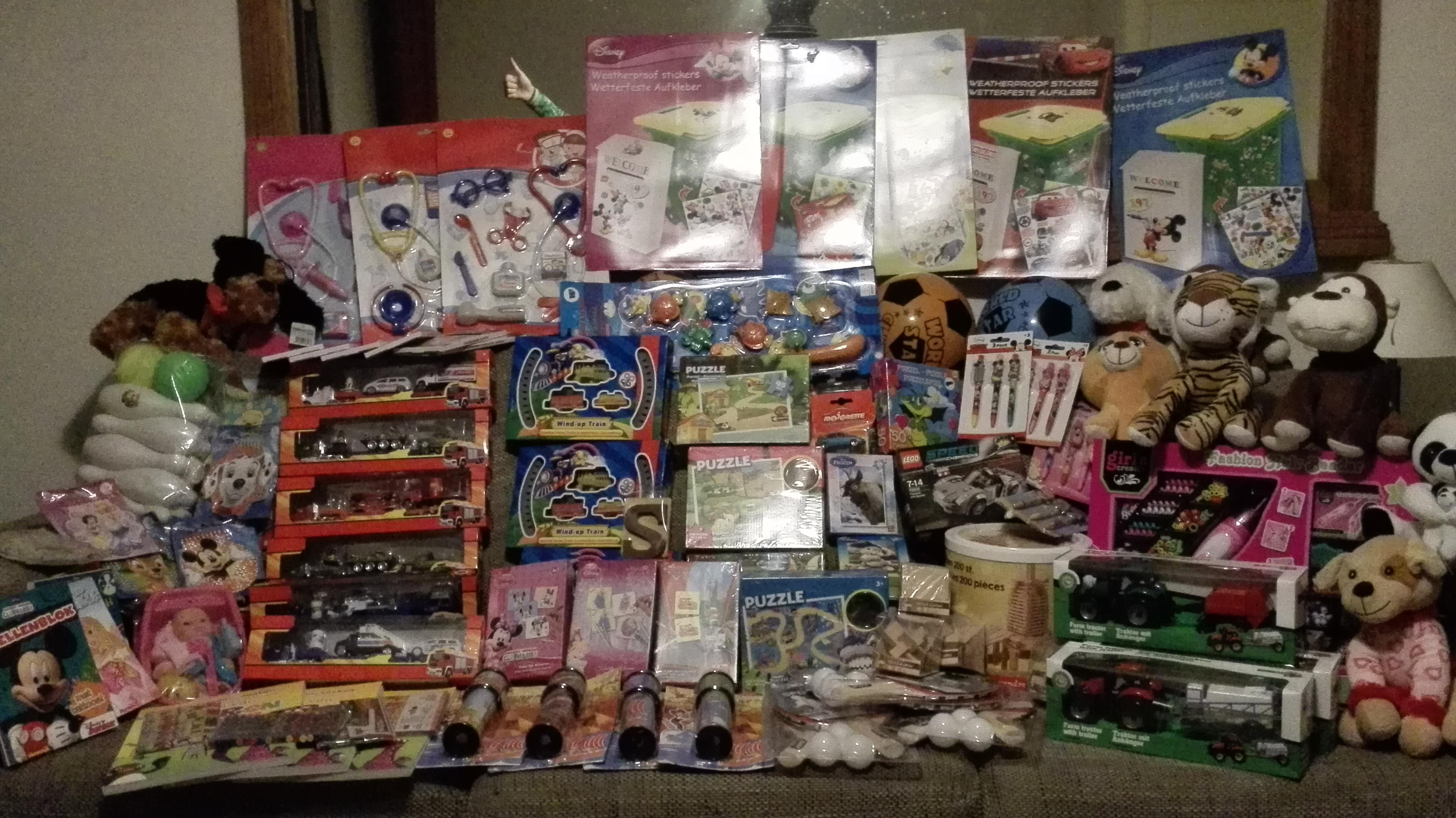 U kunt uw cadeautjes nog inleveren t/m 3 december.  Alvast bedankt!